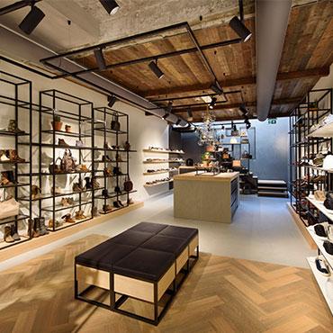Nolten winkels schoenen tassen accessoires for Reiswinkel den haag